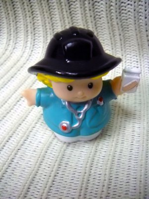 Fisher Price Little People Replacement EMT Nurse Sarah Hard To Find 2001 (HC43)