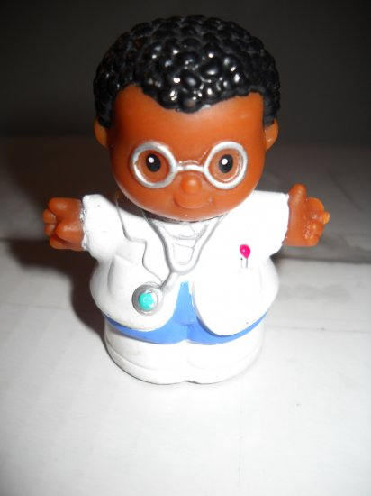Fisher Price Little People Replacement EMT Doctor Hard To Find 1997 (HC44)