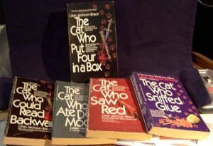 "Cat Lovers! 4 Book Set - ""The Cat Who..."" Series in a Box by Lilian Jackson Braun"
