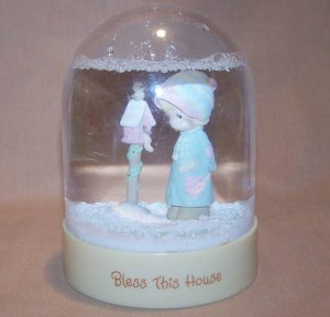 1983 Precious Moments Bless This House Water Ball Globe