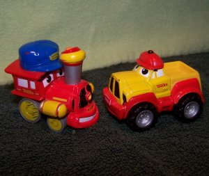 2 Hasbro Tonka Maisto Mini Metal Die-cast Chuck & Friends Red Train and Yellow/Red Pickup Truck
