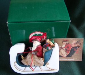 Vintage HALLMARK HEIRLOOM SANTA COLLECTION - SANTAS ON HIS WAY FIGURINE