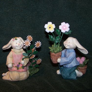 Bunny Couple Figurines with Flowers � Home Interiors - NEW
