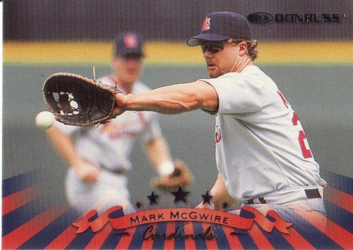 MARK McGWIRE 1998 DONRUSS #62 ST. LOUIS CARDINALS
