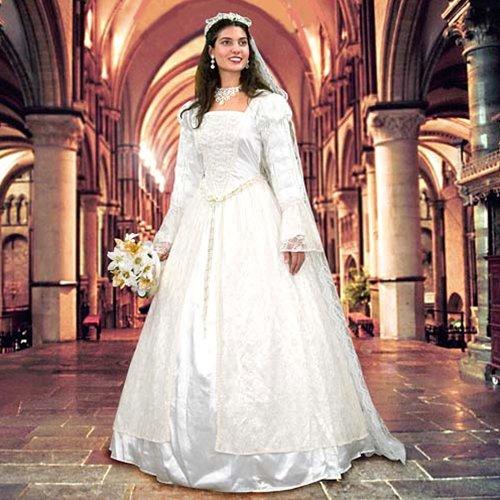 Renaissance Wedding Gown & Veil - Medium