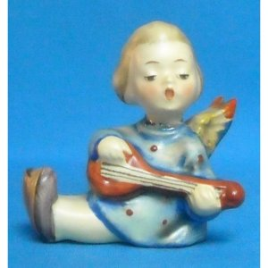 """HUMMEL """"ANGEL JOYOUS NEWS WITH LUTE"""" CANDLE HOLDER - MOLD 38 - TMK2 (1950-1956) - 2.25 INCHES"""