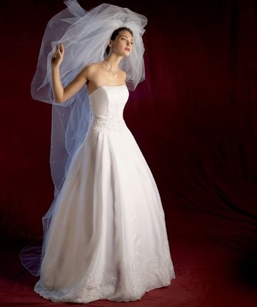 Newfashioned Wedding Dress Custom-made