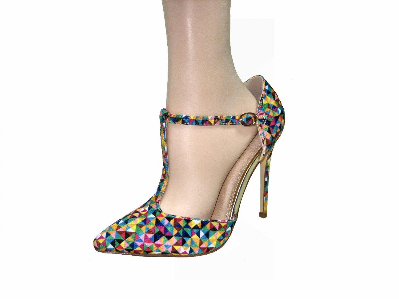 Liliana Giselle-32 4.5 inch stiletto heel multi color geometric T-strap multi color pumps size 8.5