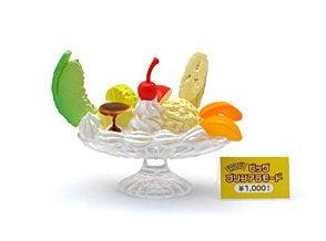 Re-ment Dollhouse Miniature Food Display Banana Boat Icecream Sundae **Free Shipping
