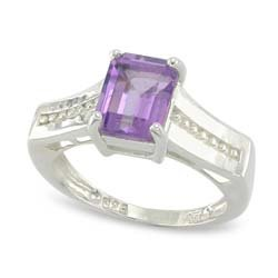 UNUSUAL EMERALD CUT AMETHYST RING