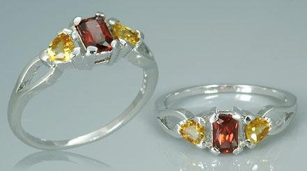 GARNET AND CITRINE 3 STONE RING