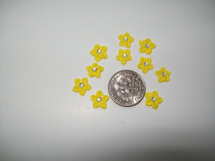 Nail Art 3D Yellow Fimo Rhinestone Star Flower