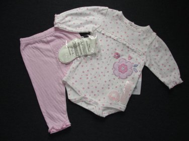 RENE ROFE Girl's 0-3 Months Floral Shirt, Top, Pink Pants and Socks Set