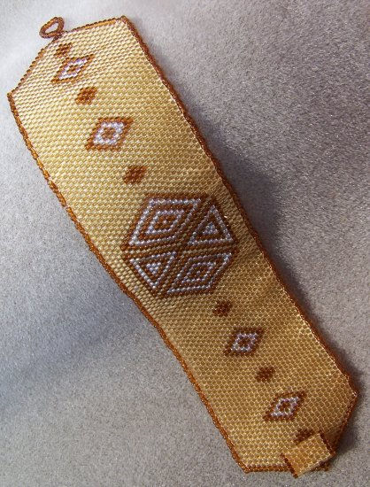 Root Beer & Amber Diamonds & Triangles Cuff - Peyote Bead Pattern