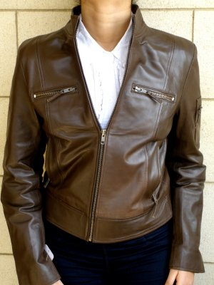"NWT Women's Cropped Bomber Leather Jacket Style 20F Size Size ""M"""