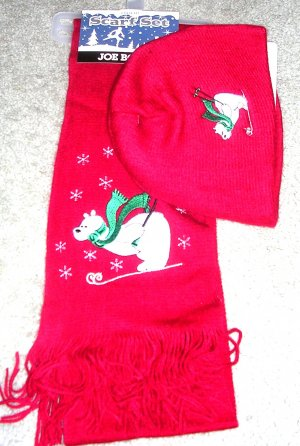 Womens Polar Bear Red Scarf and Hat Set NWT