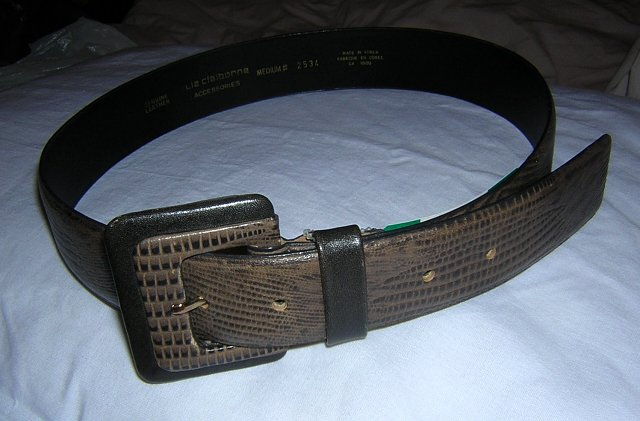 Liz Claiborne lizard stamped leather belt unused medium ll1619