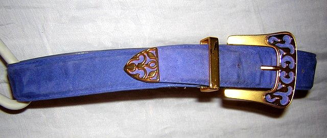 Danier lavender suede leather belt ornate buckle & tongue medium ll1618