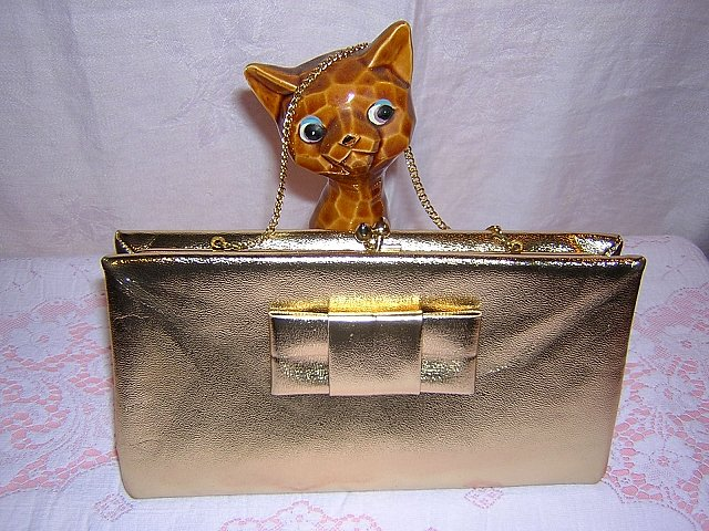 Vintage gold leather evening bag w bow & chain ll1541