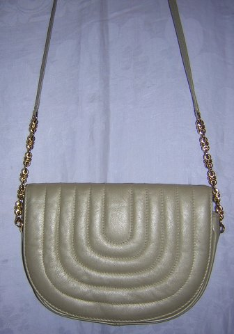 Pantera taupe leather shoulder bag purse quilted flap vintage ll1584