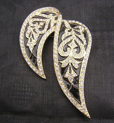 Butler brooch black enamel Swarovski crystals 14k plate vintage ll1974