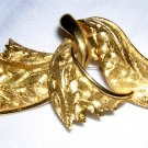 Entwined ribbons gold plated brooch coat suit pin vintage ll1962