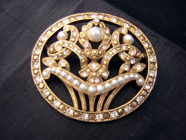Richelieu flower basket pin brooch pearl marcasite vintage ll1956
