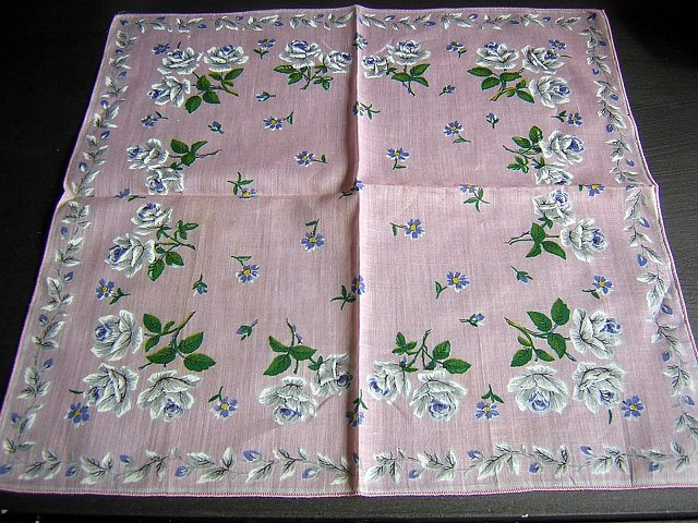 White roses on pink hanky lovely unused vintage ll1632
