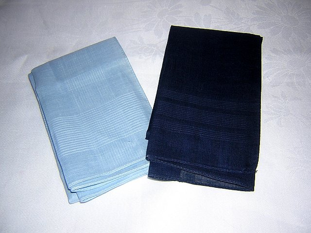 Lot of 2 men's cotton hankies navy light blue unused ll1631