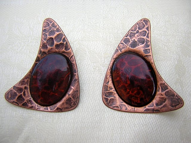 Copper lucite boomerang earrings post butterfly pierced vintage jewelry  ll2012