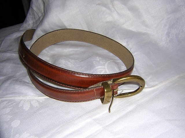 Unisex strong leather casual belt brass buckle 31 inches long vintage ll1608