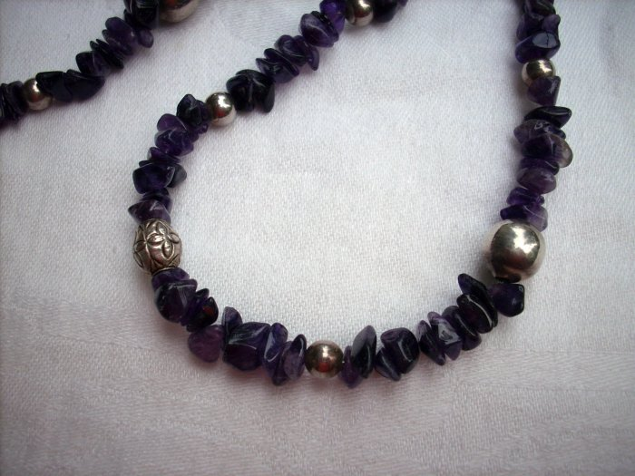 Genuine amethyst necklace silver stations clasp 25 inches vintage jewelry ll1105