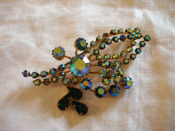 Aurora Borealis and green rhinestones floral spray pin or brooch vintage ll1067
