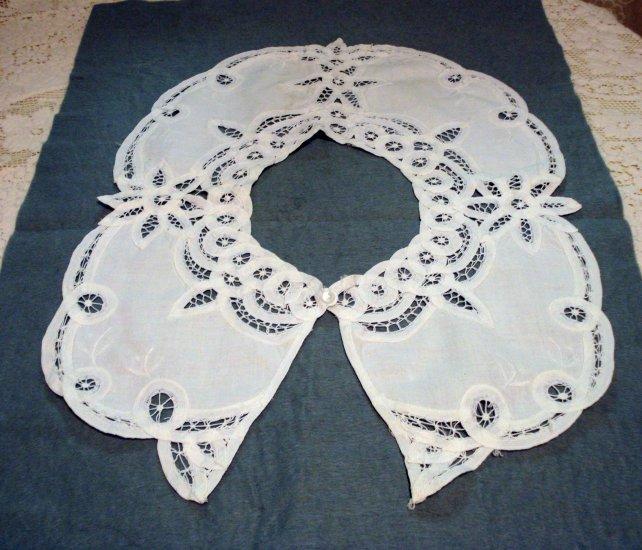 Battenburg lace and cotton choirboy collar lavish pristine vintage ll1443