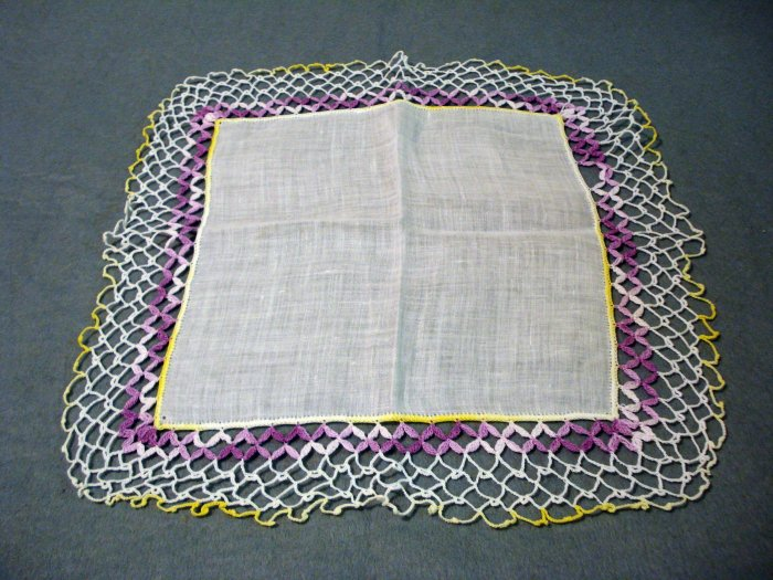 White linen hanky with lavish crocheted edging vintage ll1462