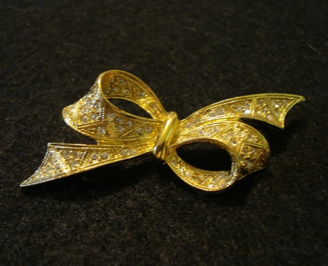 D'Orlan gold tone rhinestone bow pin brooch vintage jewelry ll2099