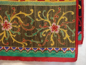 Oscar de la Renta long silk scarf gold embellishment excellent vintage ll2279