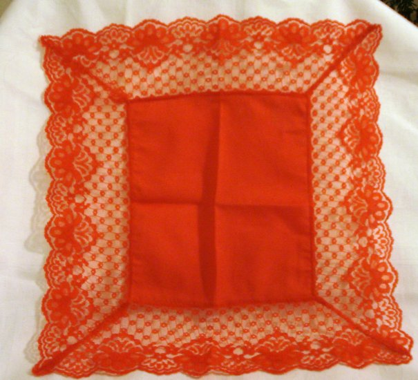 Bright red lace and cotton hanky Christmas Valentine unused vintage ll2304