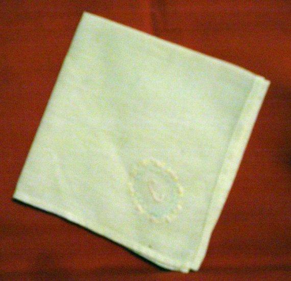 Embroidered linen hanky monogram C tiny handwork threadwork hem vintage ll2382