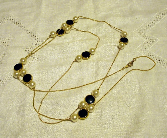 50 Inch rope faux onyx pearls gold chain necklace vintage costume jewelry superior ll2518