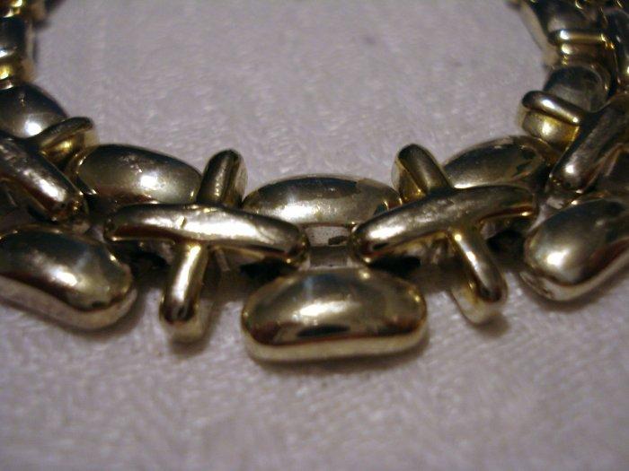 Liz Claiborne International bracelet silvertone plus equal links vintage ll2576