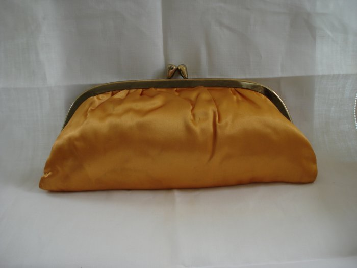 Apricot satin clutch evening bag moire lining excellent vintage  ll2606