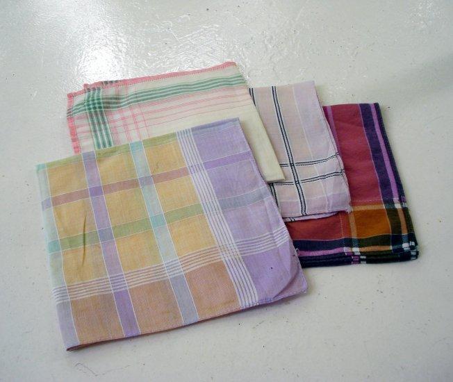 Lot of 4 plaid cotton hankies for women clean undamaged vintage ll2634