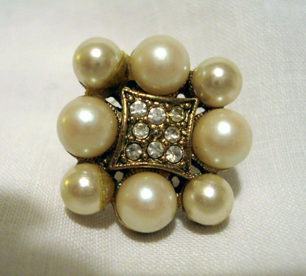Elegant faux pearl and prong set crystal earrings pierced excellent vintage ll2708
