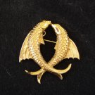 D'Orlan kissing fish gold tone brooch no 1558 excellent vintage ll2761