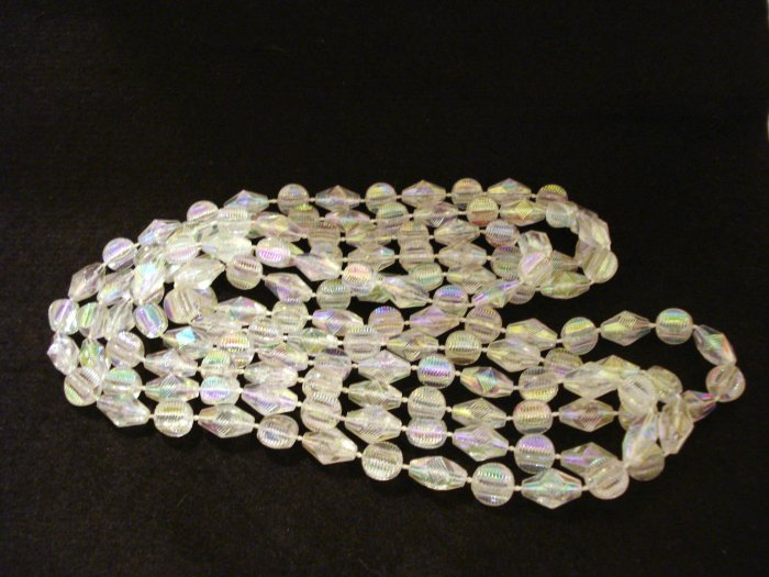 Rope necklace plastic aurora borealis beads 76 inches excellent vintage ll2786