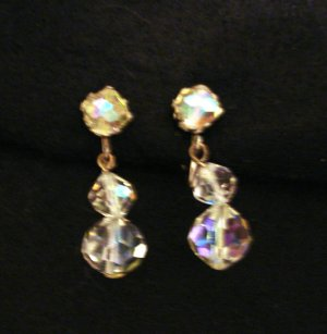 Aurora Borealis drop clip earrings signed faceted graduated balls vintage ll2797