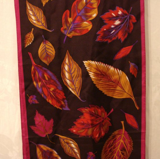 Mixed leaves on wine and magenta long silk scarf Eaton's unused vintage ll2883