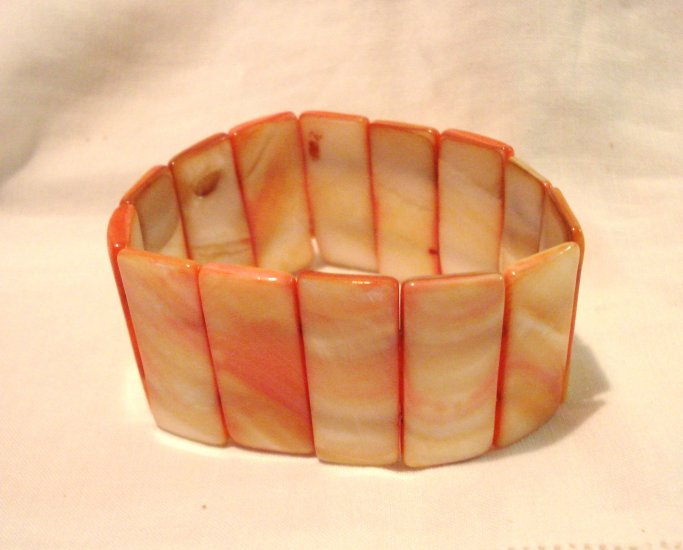 Marbled shell bars stretch bracelet cream coral as new vintage ll3019