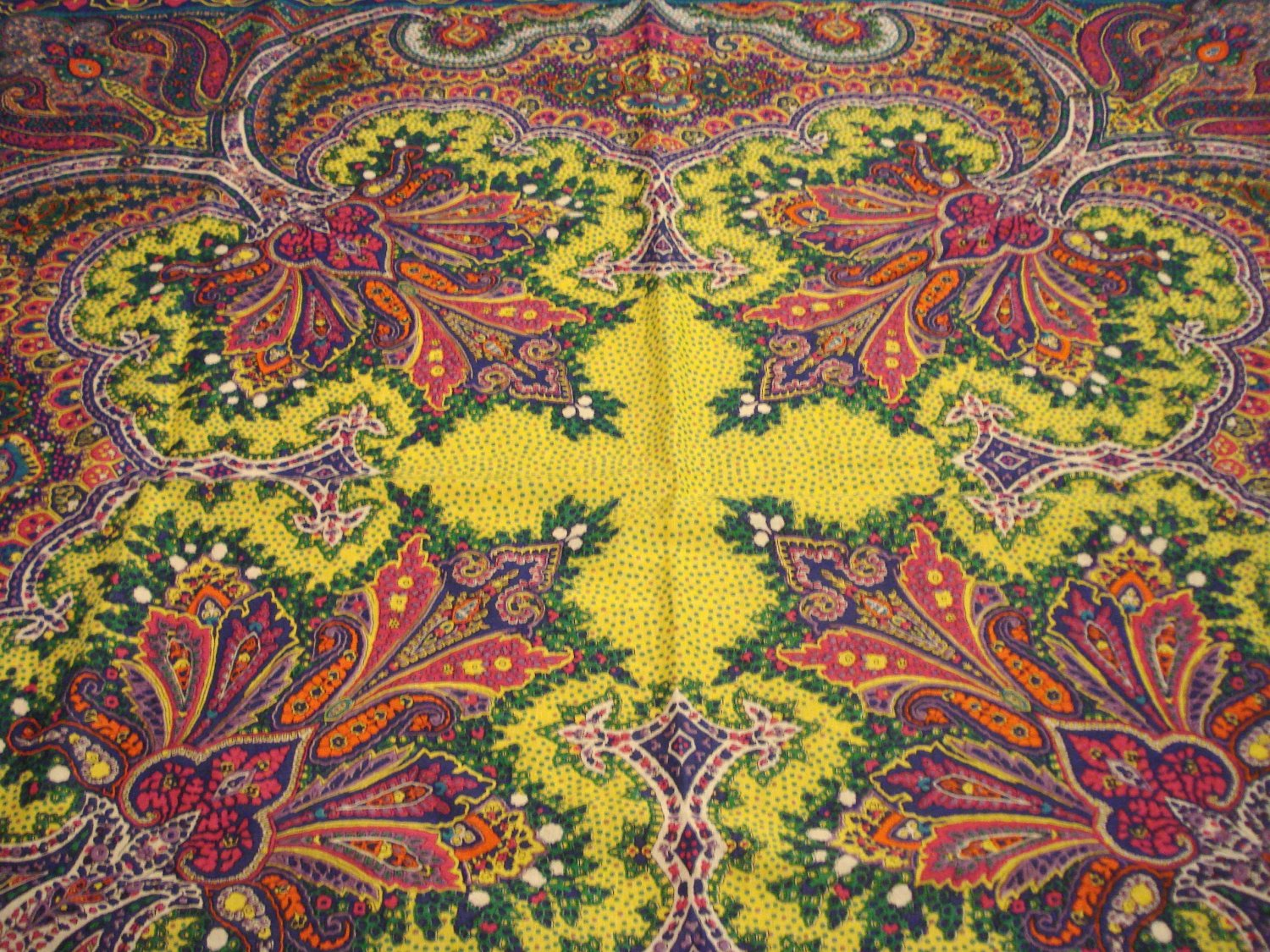 Adrienne Vittadini cotton paisley scarf 33 inches magnificent design vintage ll3132